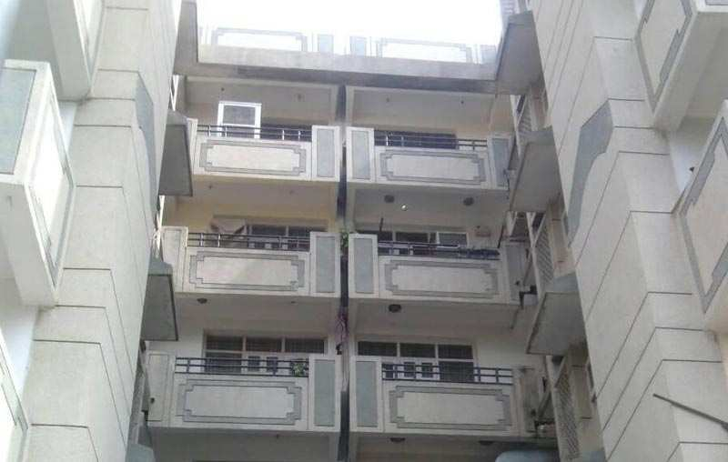 3 BHK Flats & Apartments for Sale in Sector 55, Gurgaon - 2200 Sq. Feet