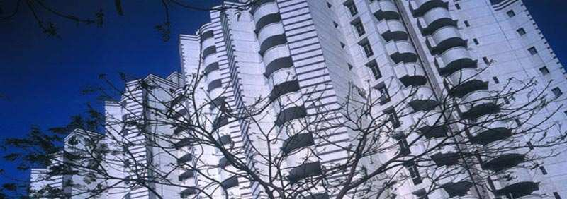3 BHK Flats & Apartments for Sale in South City 1, Gurgaon - 1700 Sq.ft.