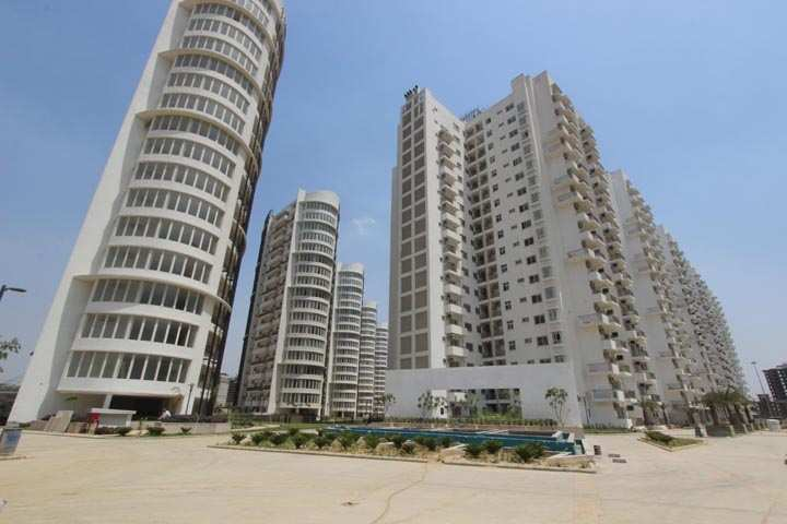 3 BHK Flats & Apartments for Sale in Sector 66, Gurgaon - 3221 Sq. Feet