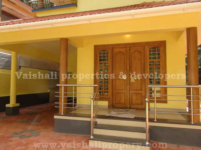 4 bhk individual house home for sale at calicut rei287191 for Sitout design ideas