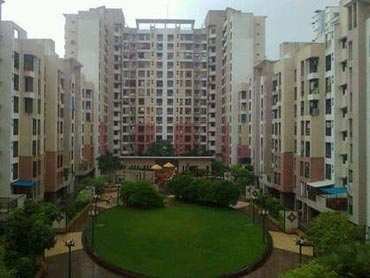 2 BHK Flats & Apartments for Sale in Wakad, Pune - 1000 Sq.ft.