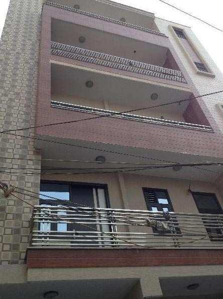 2 BHK Builder Floor for Sale in Uttam Nagar, Delhi - 506 Sq. Feet