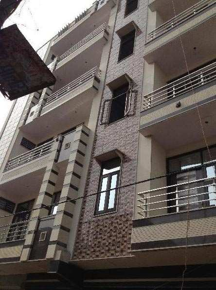 2 BHK Builder Floor for Sale in Uttam Nagar, Delhi - 555 Sq. Feet