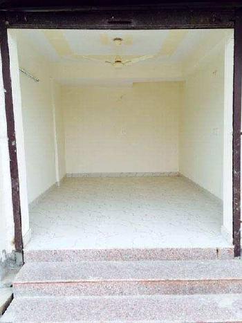 280 Sq.ft. Commercial Shop for Rent in Vaibhav Khand, Indirapuram, Ghaziabad