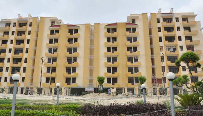 2 BHK Flats & Apartments for Sale in Sikandra, Agra - 1100 Sq.ft.