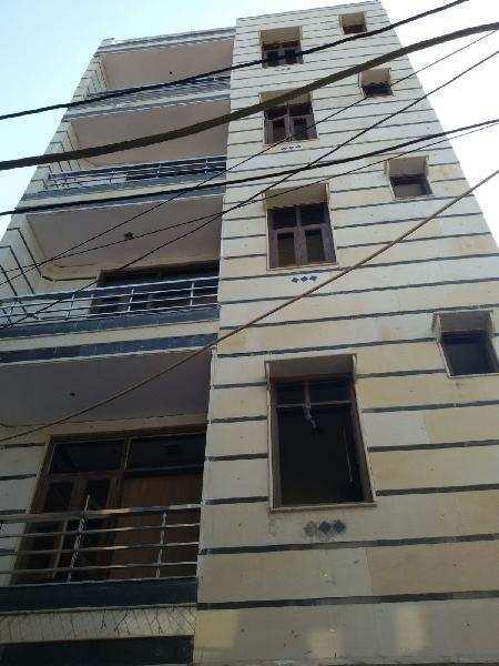 1 BHK Builder Floor for Sale in Uttam Nagar, Delhi - 405 Sq. Feet