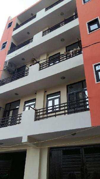 2 BHK Builder Floor for Sale in Uttam Nagar, Delhi - 455 Sq. Feet