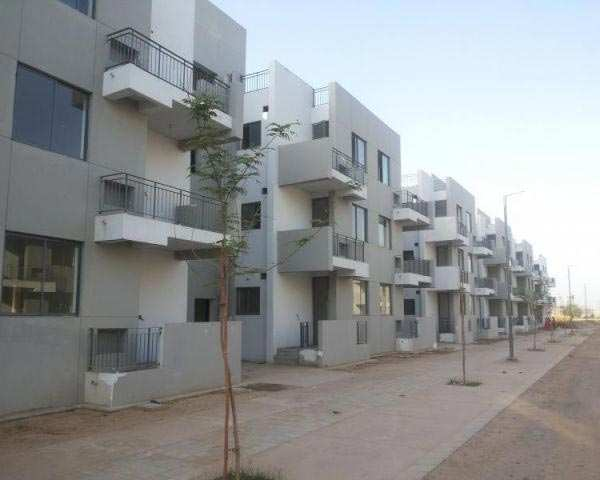 3 BHK Builder Floor for Sale in Dlf City Phase IV, Gurgaon - 4000 Sq.ft.