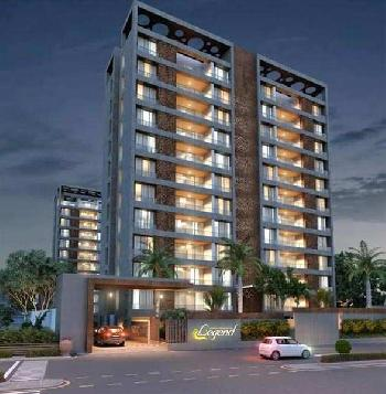 5 BHK 2500 Sq.ft. Residential Apartment for Sale in Vesu, Surat