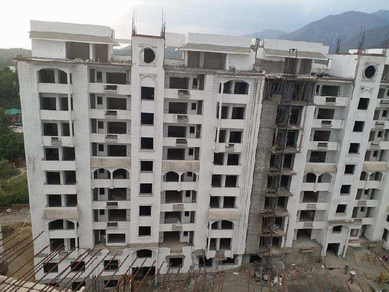 3 BHK Flats & Apartments for Sale in Mussoorie, Dehradun - 5 Acre