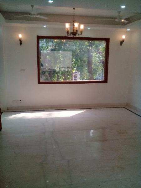4 BHK Flats & Apartments for Rent in Golf Course Road, Gurgaon - 2707 Sq. Feet