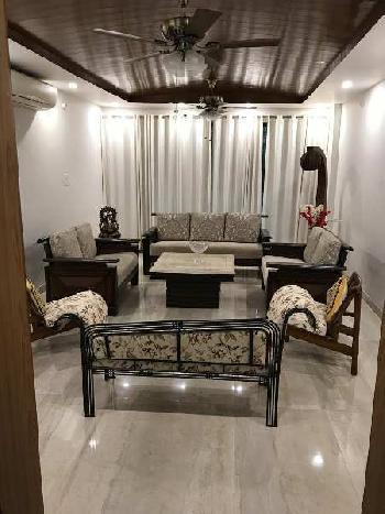 4 BHK 2450 Sq.ft. House & Villa for Sale in Sector 40B, Chandigarh