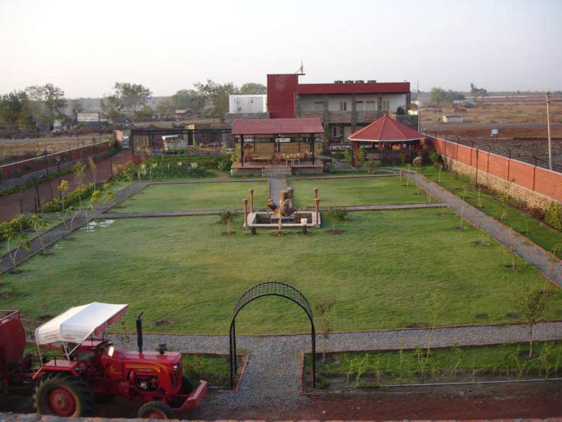 5000 Sq. Feet Farm Land for Sale in Shivpuri - 52 Acre