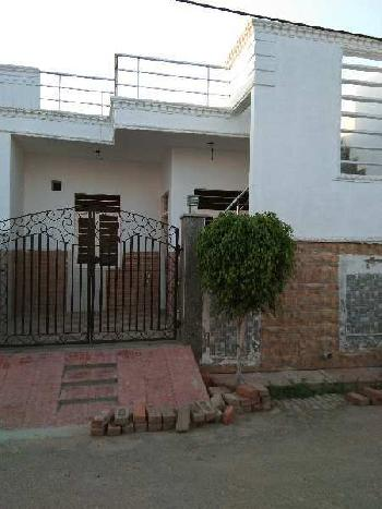 2 BHK 810 Sq.ft. House & Villa for Sale in Shamshabad Road, Agra