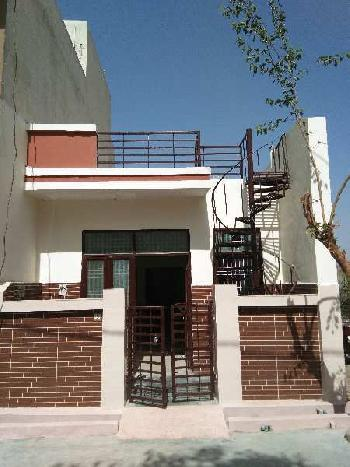1 BHK 500 Sq.ft. House & Villa for Sale in Shamshabad Road, Agra