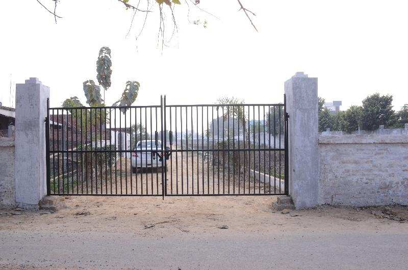 Industrial Land / Plot for Sale in Gomti Nagar Extension, Lucknow - 1000 Sq. Feet