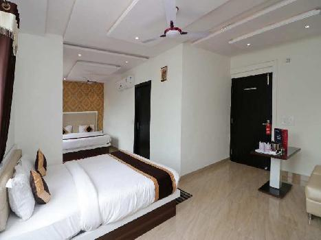 15000 Sq.ft. Hotels for Rent in Fatehabad Road, Agra