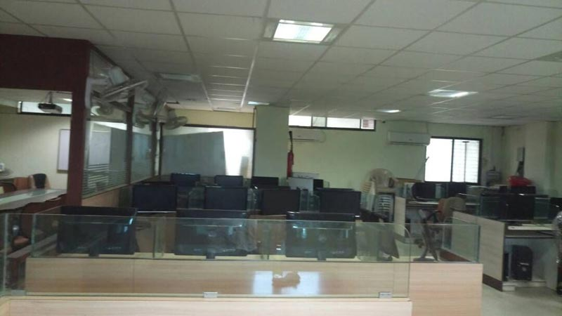 300 Sq. Feet Office Space for Rent in Nashik - 300 Sq. Feet