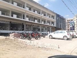 900 Sq.ft. Showroom for Rent in VIP Road, Zirakpur