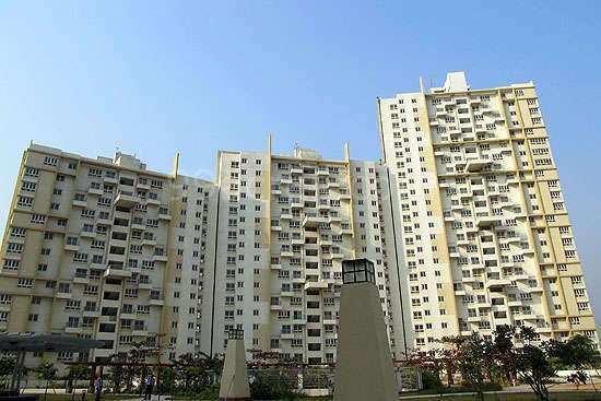 3 BHK Flats & Apartments for Sale in New Town, Kolkata - 1300 Sq. Feet
